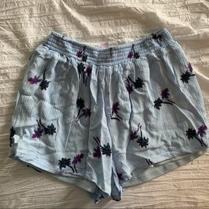 Flowy palm tree shorts